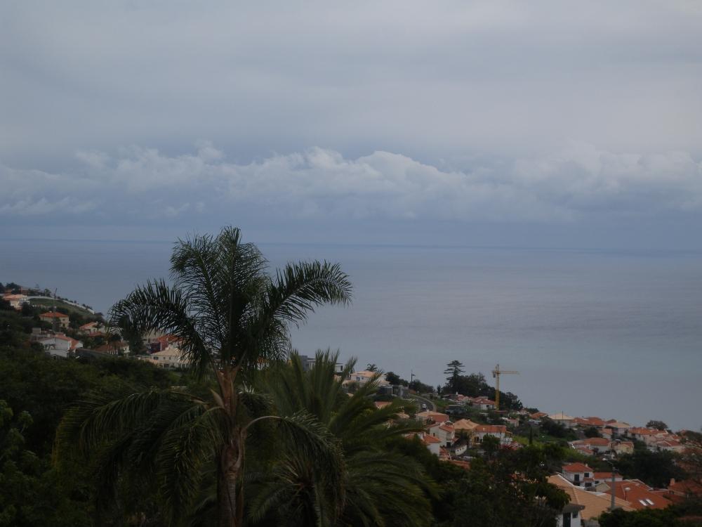 Madeiran pääkaupunki Funchal Atlantin rannalla