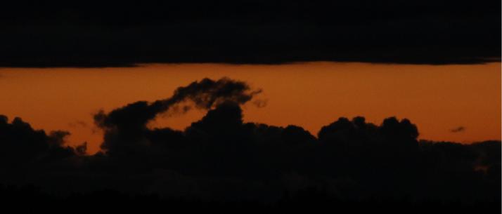 Tumma pilvitaivas