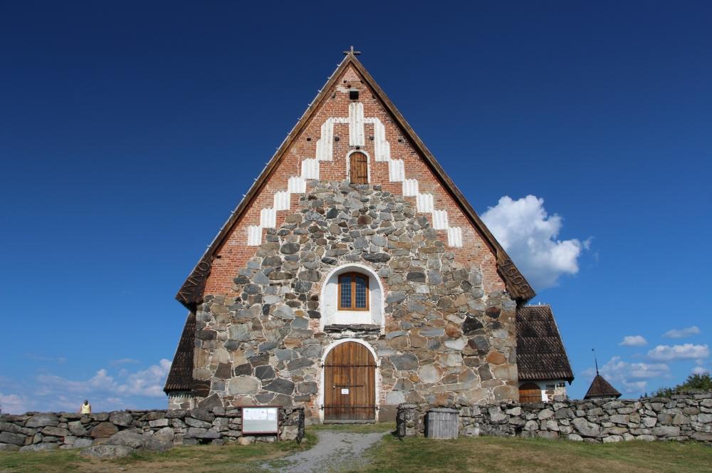 Pyhän Olavin kirkko Sastamalassa eli Tyrvään vanha kirkko.