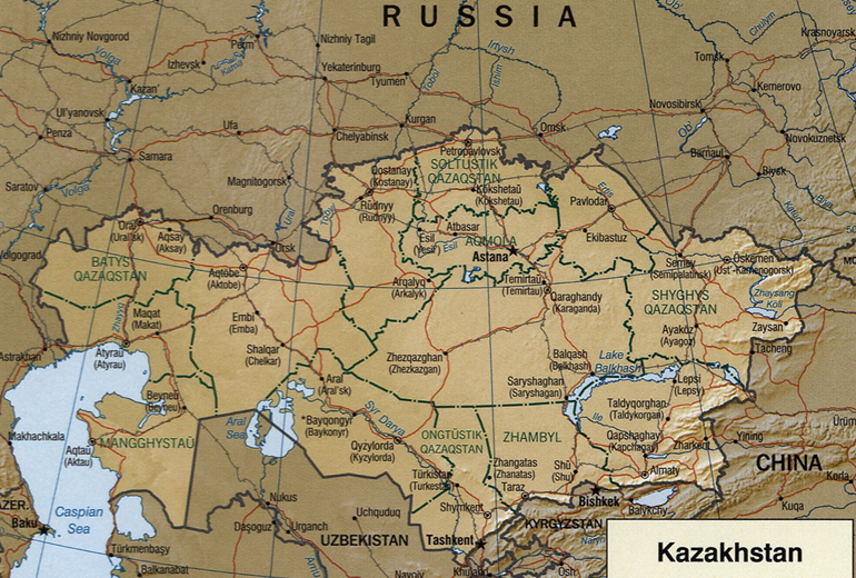 Kastassa äärimmäisenä oikealla eli Kazakstanin itärajalla sijaitsee Zaisanin kaupunki (Zaysan).