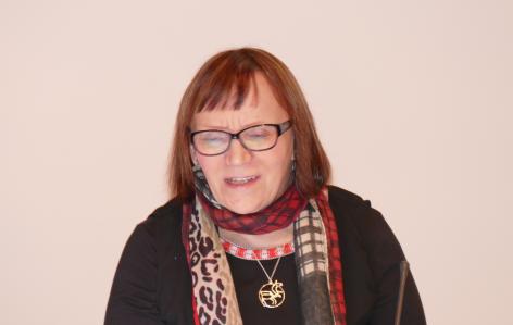 Elina Helander-Renvall tutkii saamelaista kulttuuria.