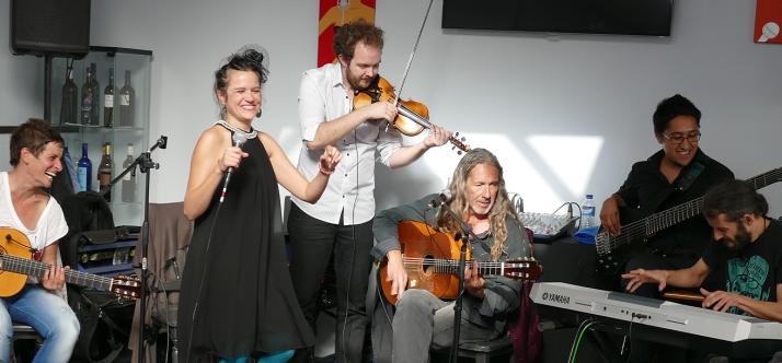 Flamenco Entre Amigos Cosmoksessa, Santa Cruzissa (La Palma) uuden vuoden aattona 2014.