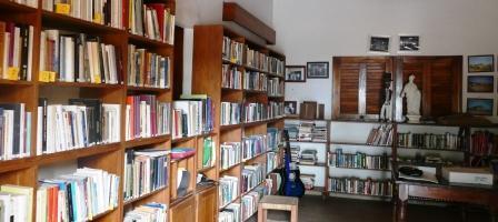 Villa Karon kirjasto
